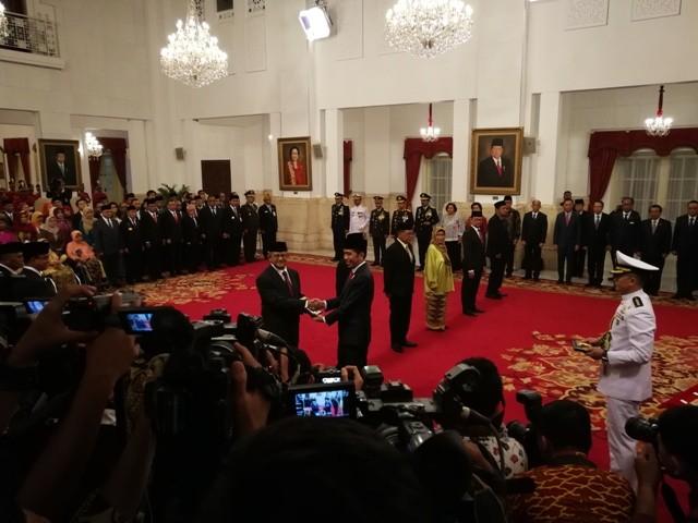Presiden Joko Widodo saat memberikan penganugerahan gelar pahlawan. Foto: Medcom.id/Yogi Bayu Aji.