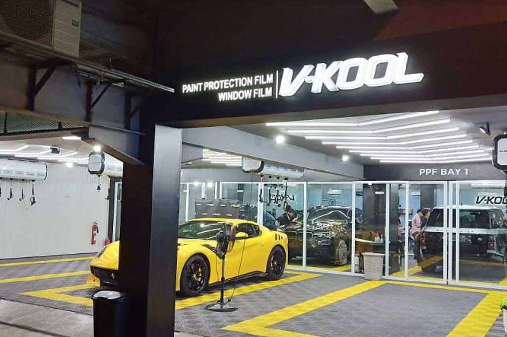Diler premium terbaru V-Kool hadir di tengah Kota Jakarta. Medcom.id/M. Bagus Rachmanto