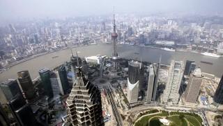 Oriental Pearl Tower, Antena yang Jadi Ikon Kota