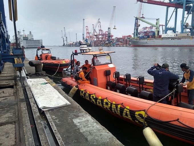 Kapal Rigid Inflatable Boat (RIB) bersender di JICT II - Medcom.id/Kautsar Widya Prabowo,