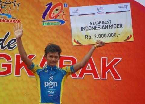 Pembalap Terbaik Indonesia Tahun Lalu Akhirnya Naik Podium TdS 2018