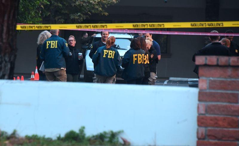 Pihak penyelidik Amerika Serikat memeriksa lokasi penembakan di California. (Foto: AFP).