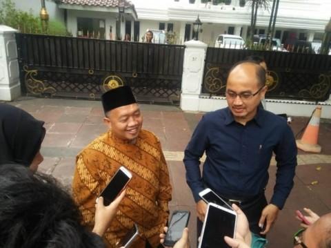Ketua Fraksi PKS di DPRD DKI Abdurrahman Suhaimi (kiri)--Foto: