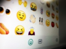 WhatsApp Juga Sediakan Sticker, Begini Cara Pakainya