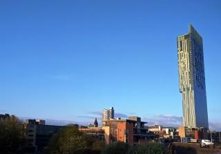 Beetham Tower, Hunian Favorit Para Bintang
