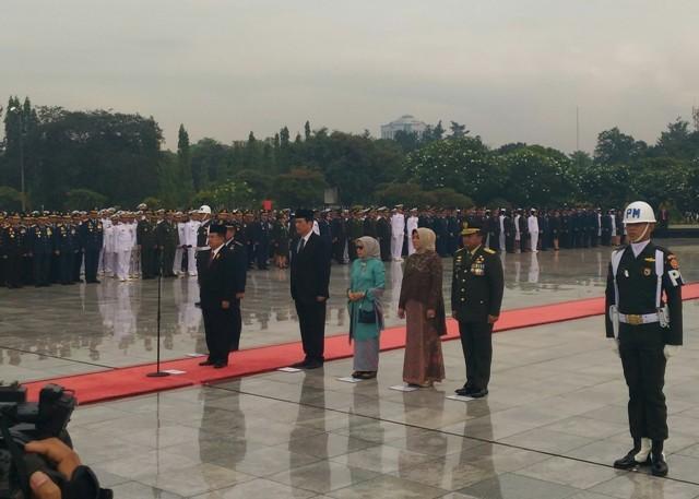 Wapres Kalla Memimpin upacara peringatan Hari Pahlawan/Medcom.id/Ilham Wibowo