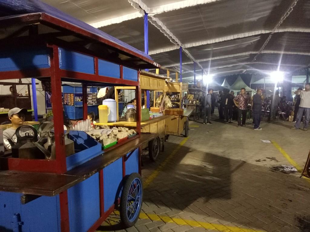 Sebanyak 155 UMKM ikut menyemarakkan Pasar Restorasi. Foto: Medcom.id/Arga Sumantri.