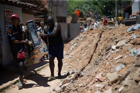 Tanah Longsor di Brasil Tewaskan 10 Orang