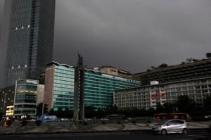Langit Jakarta Diprediksi Kelabu