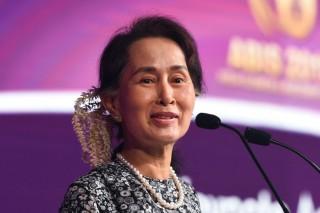 Amnesty Internasional Cabut Penghargaan Aung San Suu Kyi