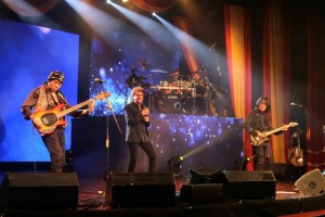Kejutan-kejutan God Bless dalam Konser Liztomania