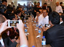 Jokowi Ajak WNI di Singapura Makan Siang Bersama