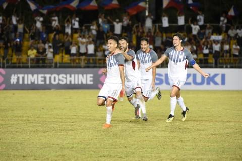 Selebrasi para pemain Filipina usai Patrick Reichelt mencetak