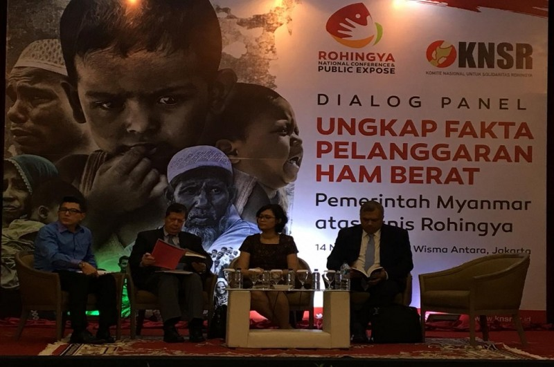 Marzuki Darusman (dua kiri) di Wisma Antara, Jakarta, Rabu 14 November 2018. (Foto: Sonya Michaella)