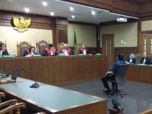 Lucas Sebut Pengadilan Tipikor Tak Berwenang Mengadilinya