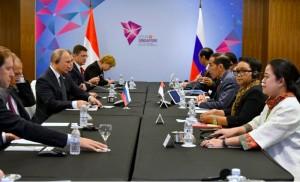 Jokowi Minta Putin Kampanye Positif Produk CPO Indonesia