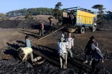Kontrak Delapan Perusahaan Batu Bara Segera Berakhir