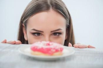 Tanda-tanda Tubuh Terlalu Banyak Konsumsi Gula