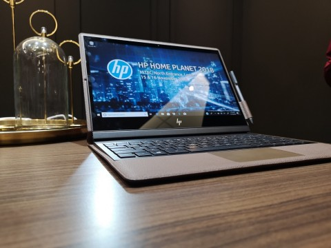 Melihat Lebih Dekat Notebook Kulit HP Spectre Folio
