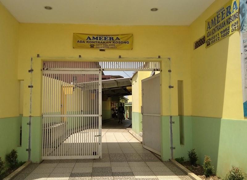 Kontrakan Ammera di Desa Mekarmukti, Cikarang Utara, Kabupaten Bekasi, Jawa Barat, Kamis, 15 November 2018. Medcom.id/ Antonio.