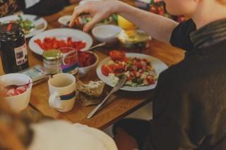 Penelitian: Remaja dengan Obesitas Kurang Menikmati Makanan