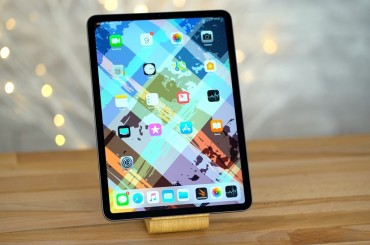 Apple iPad Pro 11 Gampang Bengkok Sama YouTuber