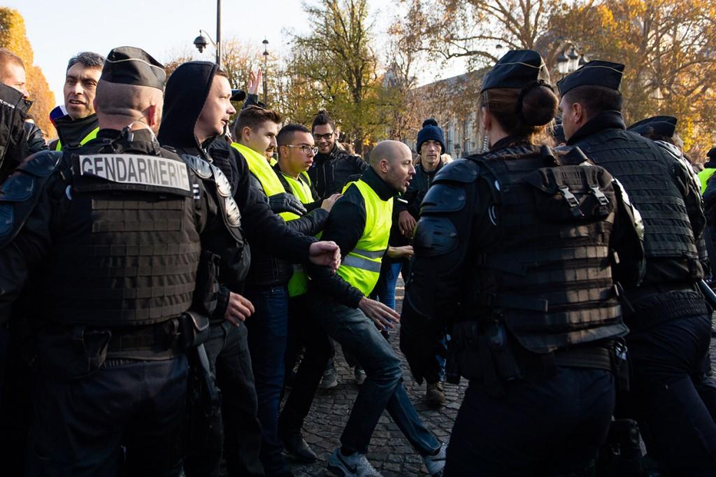 Aksi Protes Kenaikan BBM di Prancis Telan Korban Jiwa