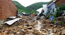 Banjir Bandang di Vietnam Tewaskan 12 Orang