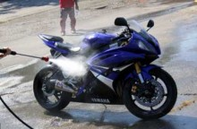 Jangan Asal, Mencuci Motor Ada Pantangannya juga!