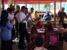 Tunjungan Senilai Rp76,2 Miliar untuk Guru di Sulteng Mengucur