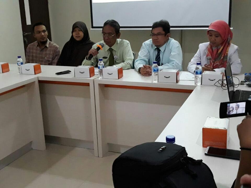 Jumpa pers kelahiran bayi kembar tiga di RS PKU Muhammadiyah, Kota Solo, Jawa Tengah, Senin, 19 November 2018. Medcom.id/ Pythag Kurniati.