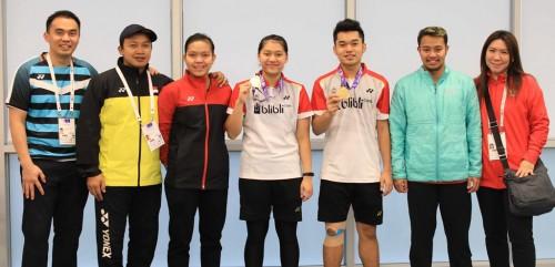 Atlet Bulutangkis dan para pengurus PBSI (Foto PBSI)