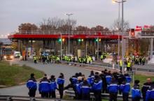 Protes Harga BBM Tinggi di Prancis, Pedemo Incar SPBU