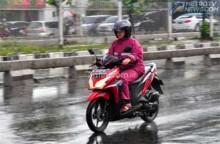Antisipasi Hujan, Jangan Lupa Peralatan Wajib!