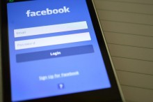 Facebook Digunakan untuk Lelang Gadis 17 Tahun