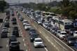 Jarak Aman Mobil Saat di Kemacetan Lalu Lintas