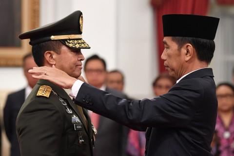 Jokowi Lantik Andika Perkasa sebagai KSAD