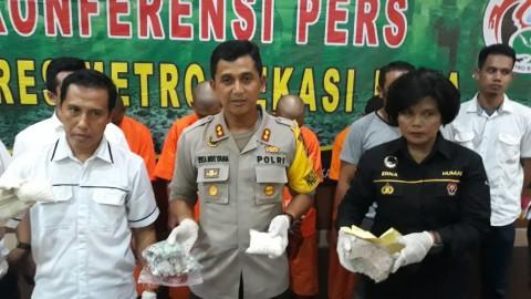 Ribuan Obat Ilegal Didapat di Lokasi Pengeroyokan Polisi