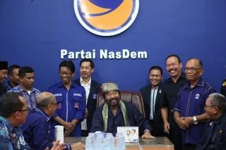 Surya Paloh Resmikan Kantor Baru NasDem di Kalbar