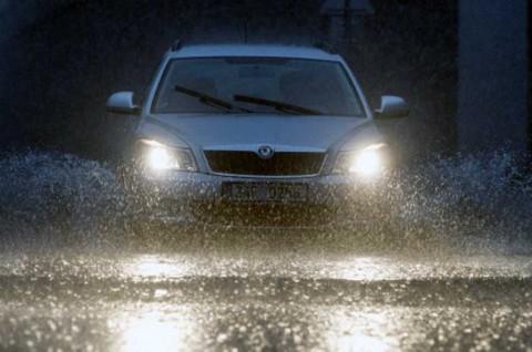 Perlunya Rotasi Ban saat Musim Hujan