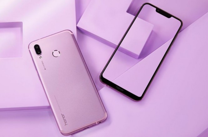 Honor Play, smartphone gaming dari Huawei pertama.