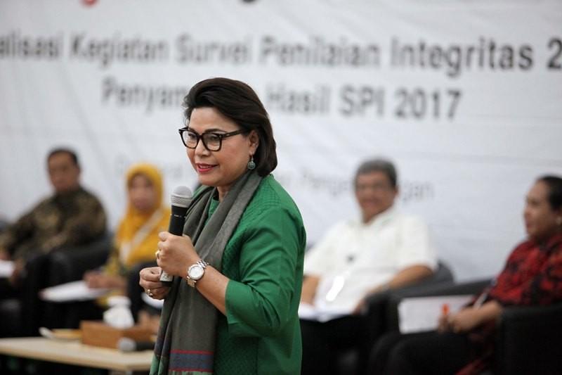 Wakil Ketua KPK Basaria Pandjaitan menyampaikan sambutan ketika acara rilis Survei Penilaian Integritas (SPI) 2017 di Gedung KPK, Jakarta, Rabu (21/11). MI/ ROMMY PUJIANTO.