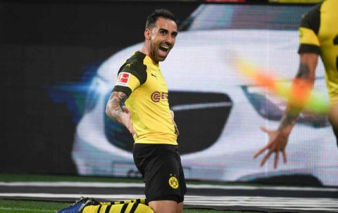 Alcacer Permanenkan Kontrak di Dortmund
