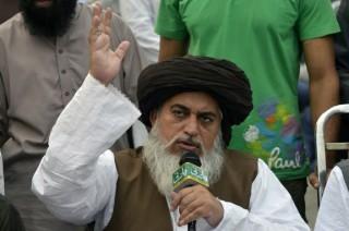 Pakistan Tangkap Ulama di Balik Demo Penodaan Agama