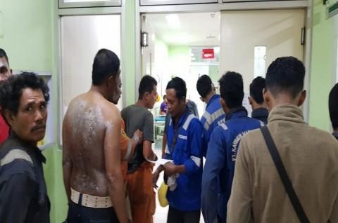 <i>Airbag</i> Meledak, Puluhan Pekerja Galangan Kapal Terluka
