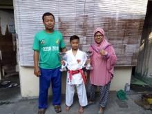 Bocah Juara Karate Internasional asal Solo Ingin Jokowi Beli Martabak Ayahnya