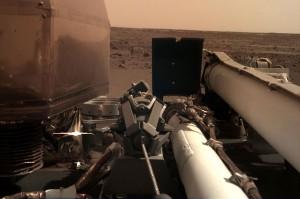Pesawat Tanpa Awak Mendarat di Mars