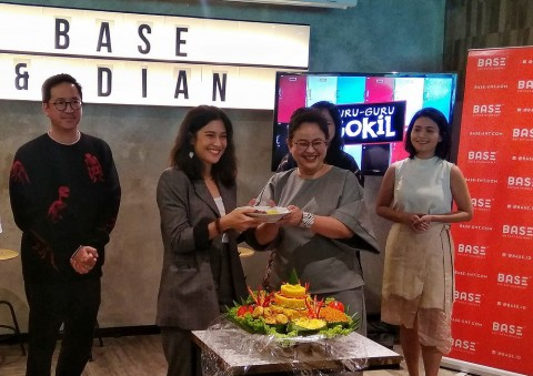Debut Dian Sastrowardoyo Jadi Produser Tiga Film Sekaligus