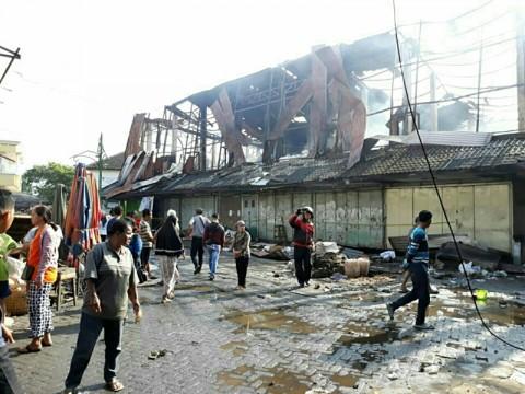 Pedagang Pasar Legi Tempati Pasar Darurat Bulan Depan