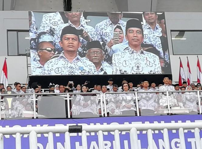 Presiden  Joko Widodo saat Puncak Peringatan Hari Guru Nasional (HGN) 2018 di Stadion Pakansari, Cibinong, Bogor, Sabtu 1 Desember 2018 - Medcom.id/Yogi Bayu Aji.